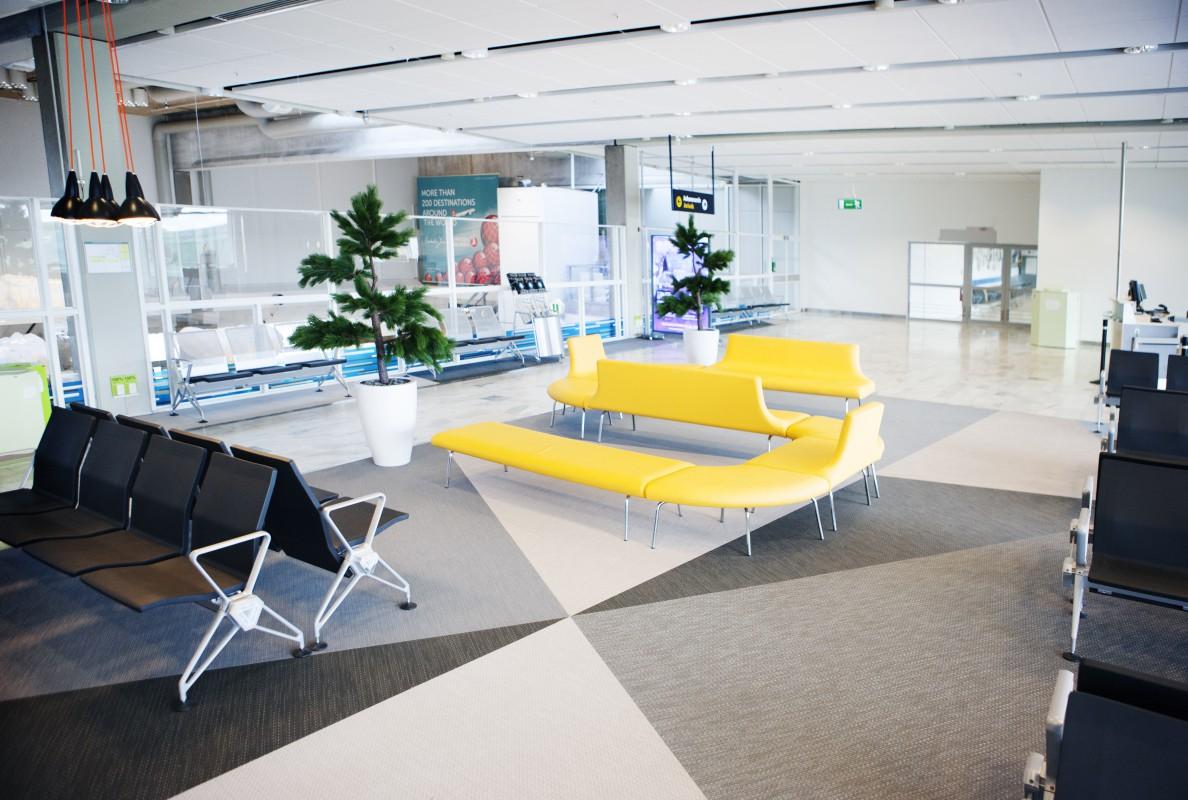 Аэропорт Landvetter в Гётеборге, Швеция Bolon Artisan Ecru, Slate, Coal
