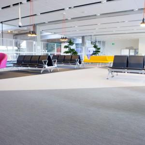 Аэропорт Landvetter в Гётеборге, Швеция Bolon Artisan Ecru, Slate, Coal 2