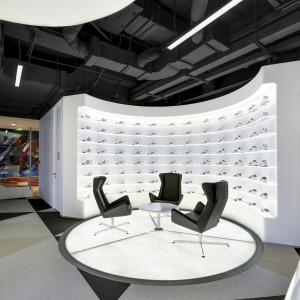 Офис Adidas в Шанхае, Китай Bolon BKB Sisal Plain Mole, Steel, Black 3